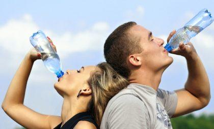 Как пить воду, чтобы худеть? 3 секрета от мировых диетологов