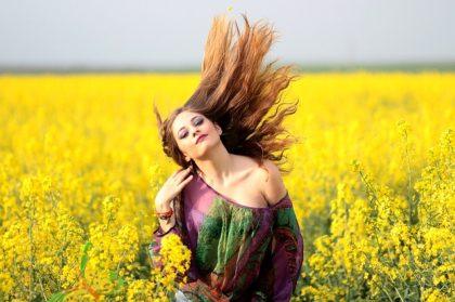Топ-10 мифов о выпадении волос