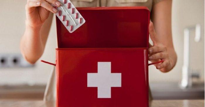 Список лекарств, которые нужно положить в аптечку, если в доме есть дети!