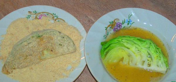 Капуста, яйца, сухари — вот и всё, что требуется для приготовления идеальной быстрой закуски