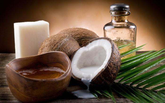 Она давала своему мужу 1 столовую ложку кокосового масла дважды в день в течение месяца. Вы не поверите, что случилось!!!