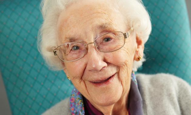 Тетушке 90 лет, а она ест все!