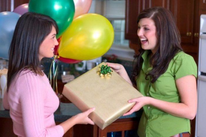 Подарки для семьи друзей